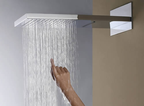 Caer agua lluvia ducha