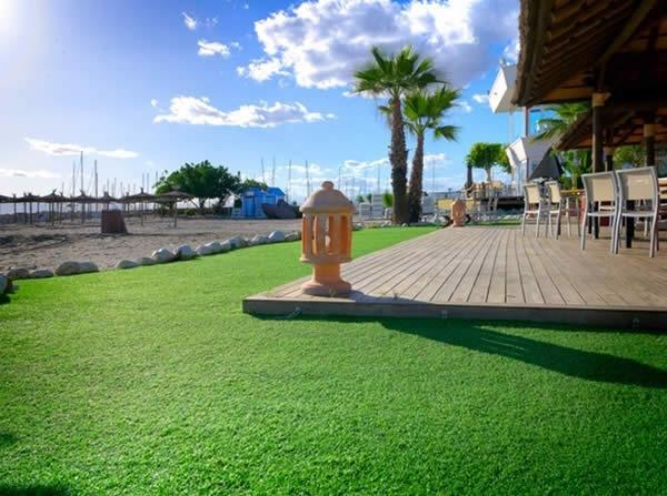 Decoraci n jardines mantenimiento de jardines ibero jard n for Trabajo de mantenimiento de jardines