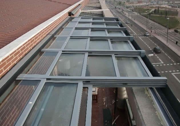 Cerramientos de patios cubiertas para piscinas cubrisa - Cerramientos de aluminio para porches ...