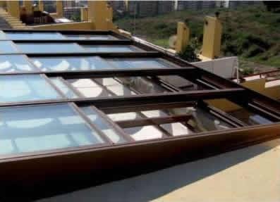 Ventanas para techos persianas guardiola for Ventanas para techo