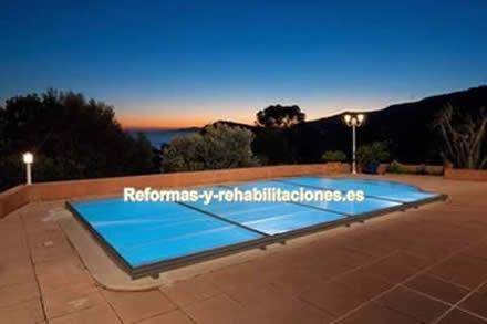 Cubierta de aluminio cubiertas de piscinas abrisud for Fotos de piscinas cubiertas