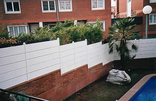 Carpinter a pvc eurofinestra vallas y puertas de jard n for Vallas de aluminio para jardin
