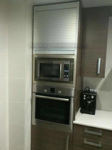 Reformas cocinas modernas reformas de pisos t3 for Pisos para cocina moderna