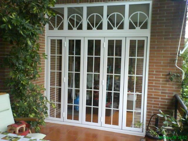 Puertas de patio puertas y ventanas aluminios vedama - Puertas para porches ...