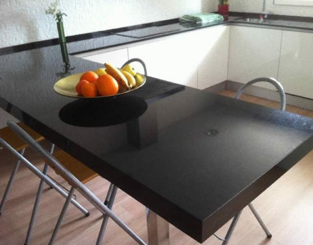 Mesa De Cocina En Silestone - Mármoles Serffran