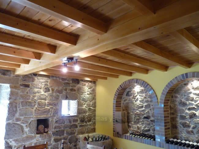 Tejados de madera a medida maderas en lal n y tejados de for Tejados de madera modernos