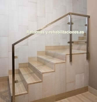 Escaleras de cristal mobiliario de acero inoxidable jae - Escaleras de cristal y madera ...