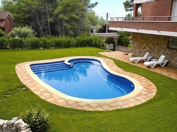Construcci n de piscina en barcelona construcciones de for Empresas de piscinas