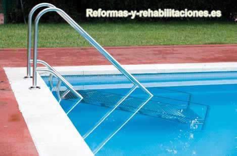 Escaleras accesorios de piscinas flexinox for Escalera piscina facil acceso