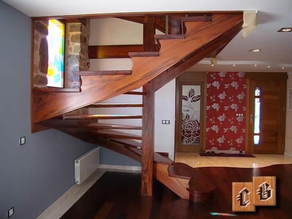 Escaleras de caracol madera carpinter a g mez magomarca sl - Escaleras de caracol de madera ...
