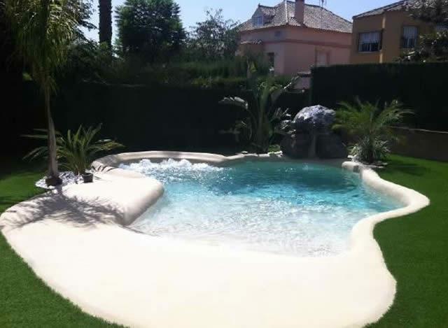 Piscinas para casas rurales piscinas de arena natursand - Piscinas de arena com ...