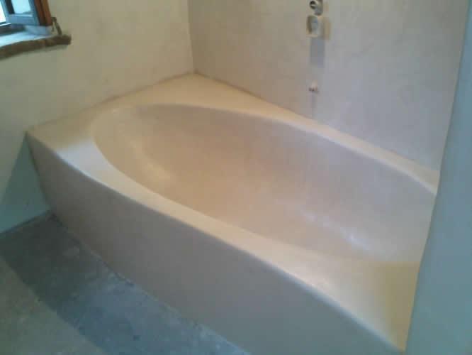 Baño En Microcemento: Recubierta Con Microcemento Beig – Aplicación de microcemento Vinicio