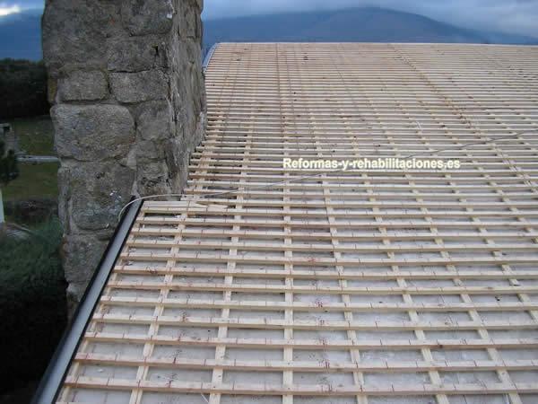 Construcci n de tejados tejados de pizarra cubiertas lamas - Cubiertas de pizarra en madrid ...