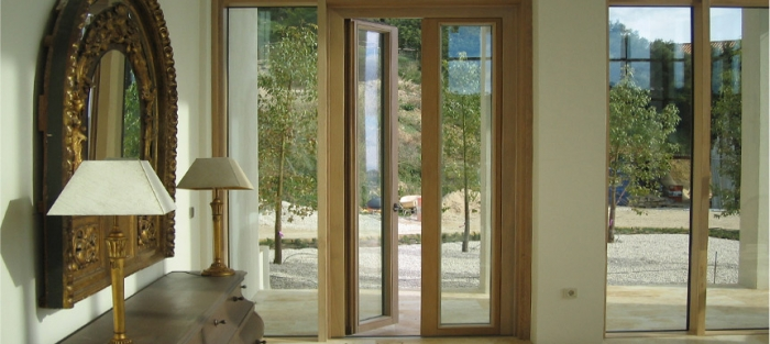 Puertas de exterior ventanas y puertas rom n clavero - Puertas exterior malaga ...