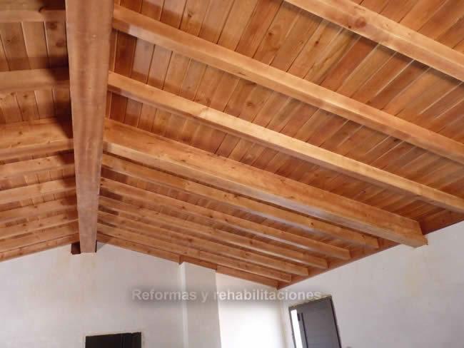 vigas de madera maderas en lal n y tejados de madera