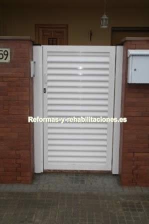 Verjas de jard n puertas y ventanas aluminio a garcia for Puertas de jardin de aluminio