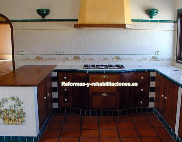 Fotos de cocinas con ceramicas imagui for Ceramica para cocina